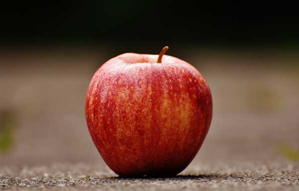Eat Apple one of the best way to cure burps